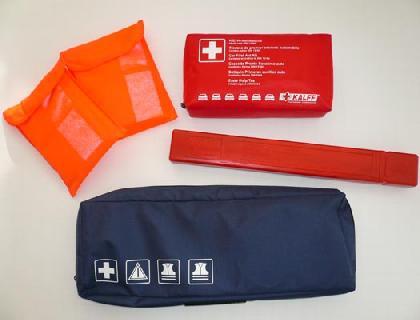 Paquete de seguridad para asistencia en carretera Juego de auxilio OZ (Accesorios originales), en bolsa de tela con logo Volkswagen
