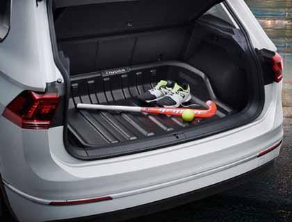 Elemento para maletero para vehículos con superficie de carga variable