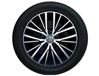 Rueda completa para verano 215/55 R17 94 W, Pirelli Cinturato P7, Vallelunga